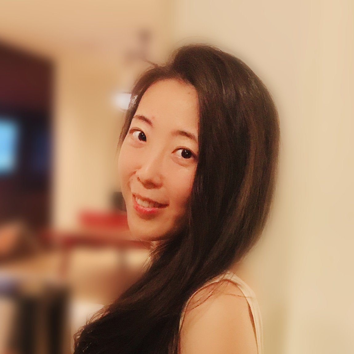 Junie Hou